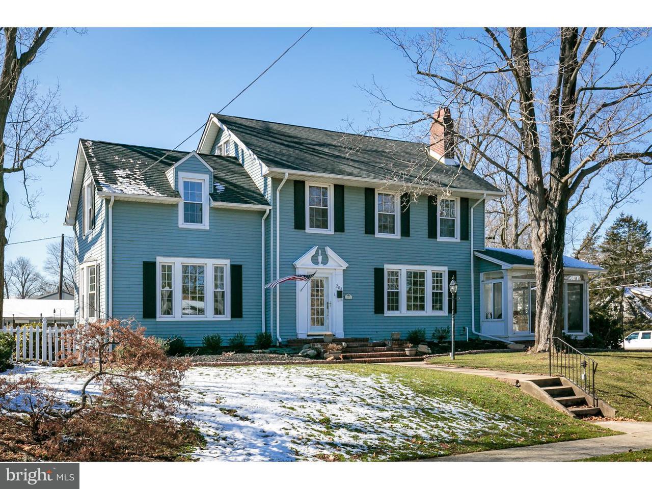 Casa Unifamiliar por un Venta en 205 HAZEL Avenue Delanco Township, Nueva Jersey 08075 Estados Unidos