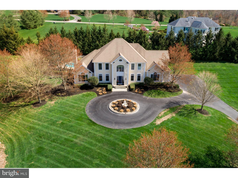 Maison unifamiliale pour l Vente à 14 BROOKSIDE Drive Titusville, New Jersey 08560 États-UnisDans/Autour: Hopewell Township