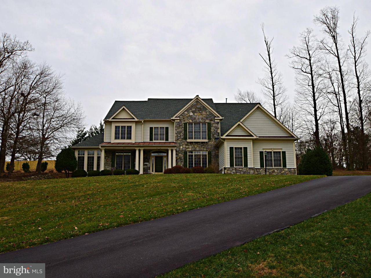Частный односемейный дом для того Продажа на 15113 Vicars Way 15113 Vicars Way North Potomac, Мэриленд 20878 Соединенные Штаты