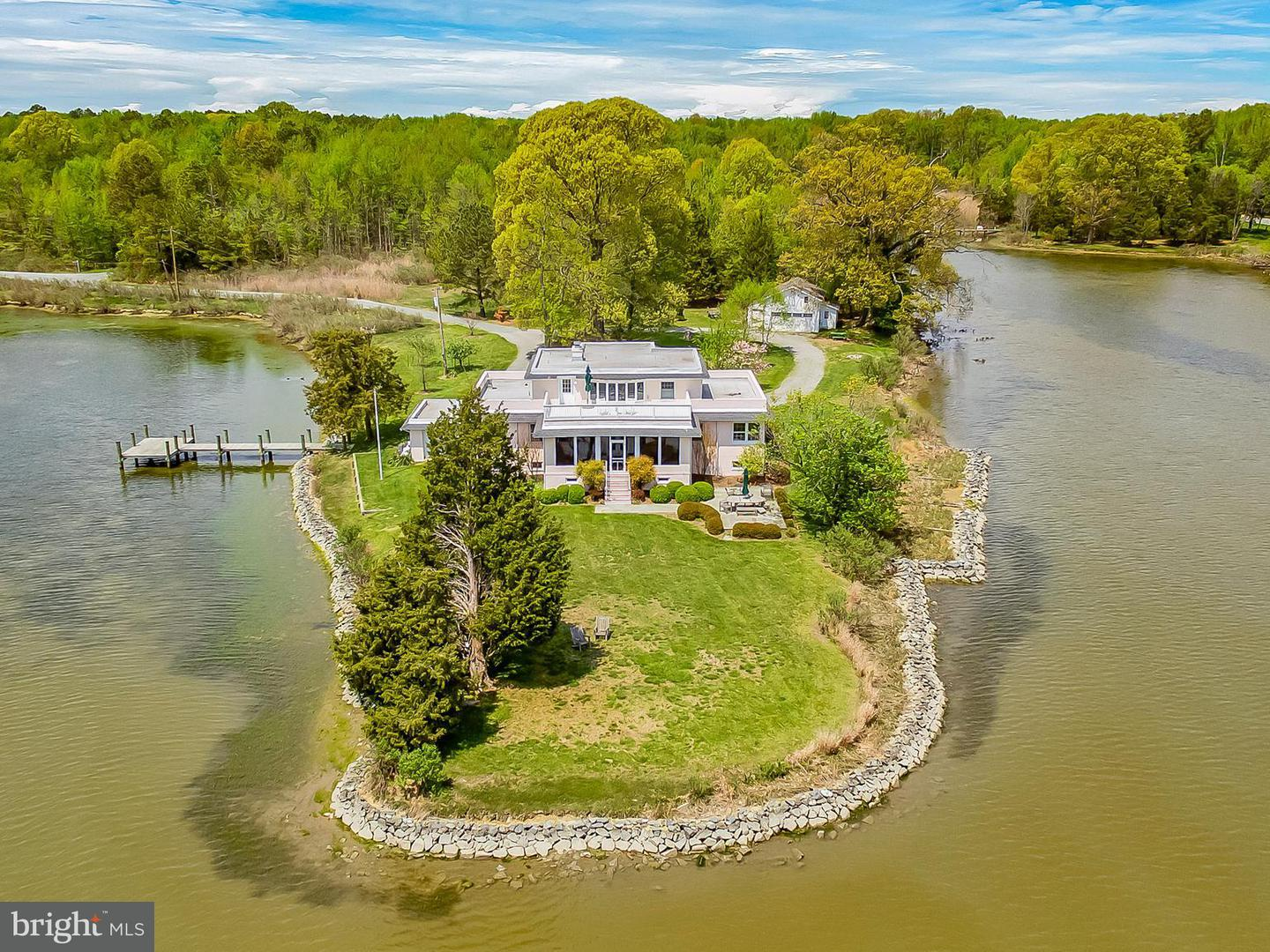 Single Family for Sale at 5905 Deale Beach Rd Deale, Maryland 20751 United States