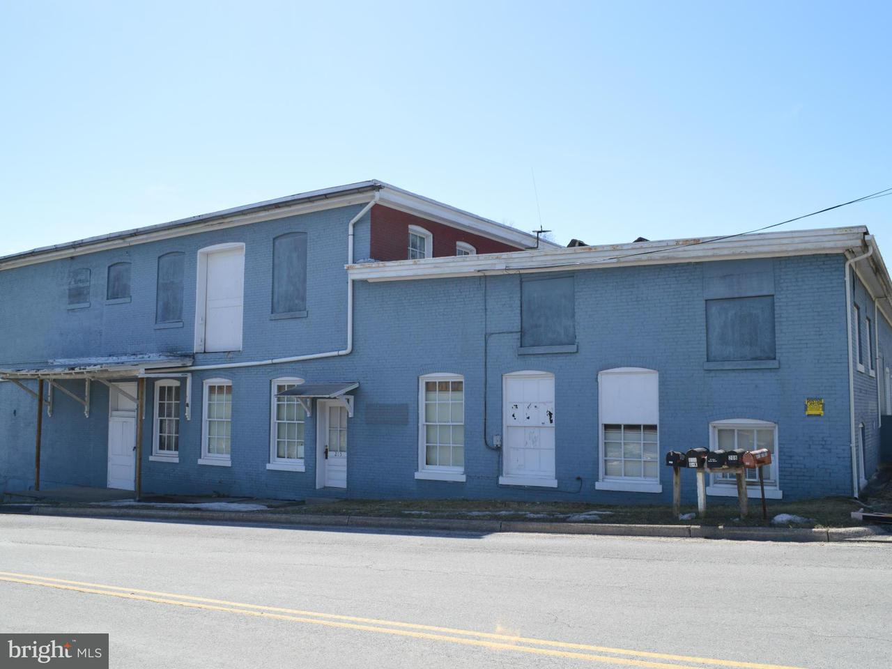 Commercial for Sale at 215 North St Woodstock, Virginia 22664 United States