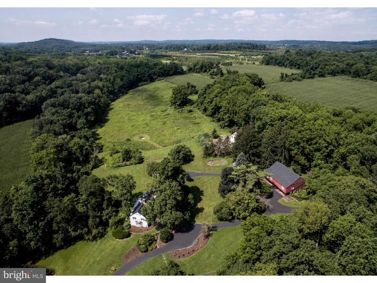 Частный односемейный дом для того Продажа на 6117 LOWER MOUNTAIN Road New Hope, Пенсильвания 18938 Соединенные ШтатыВ/Около: Solebury Township