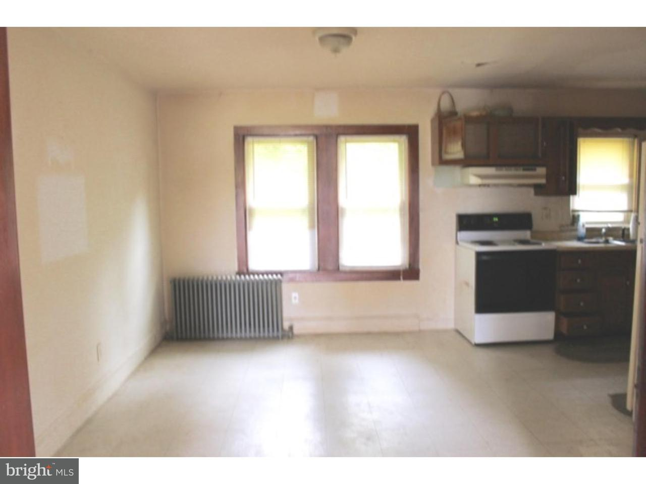 Additional photo for property listing at 310 S BROADWAY  Pennsville, Нью-Джерси 08070 Соединенные Штаты