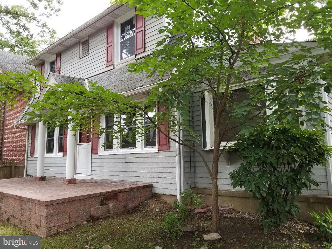 Частный односемейный дом для того Продажа на 702 E GLENSIDE Avenue Cheltenham, Пенсильвания 19095 Соединенные Штаты