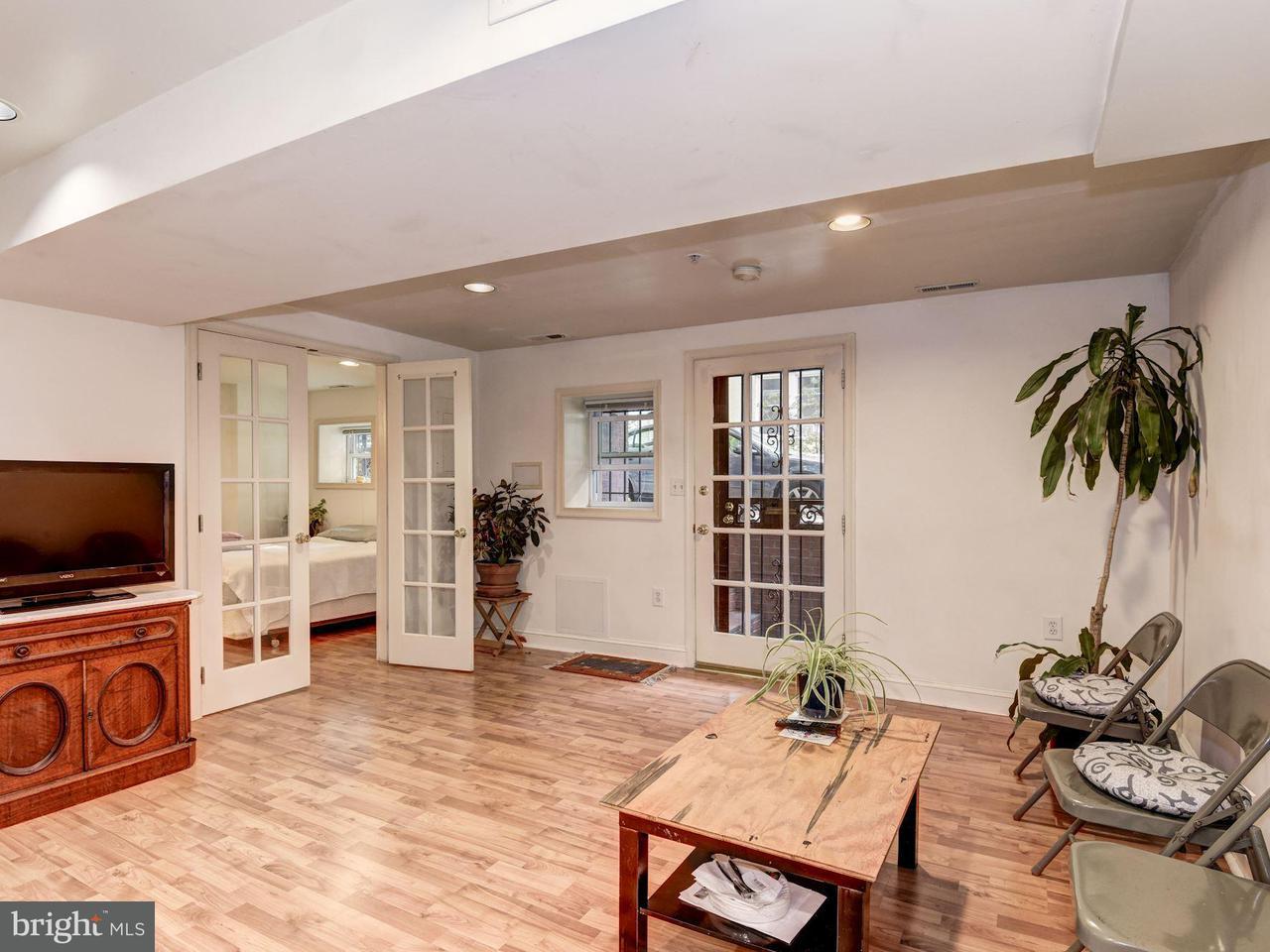 Additional photo for property listing at 2303 17th St Nw 2303 17th St Nw Washington, Distrito De Columbia 20009 Estados Unidos