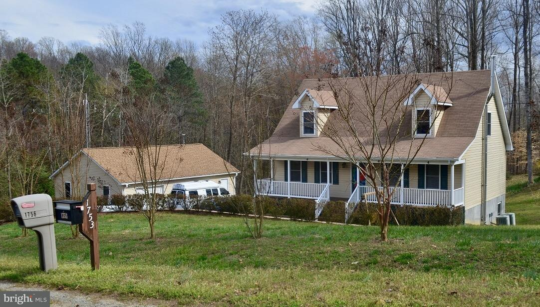 Photo of home for sale at 1756 North Independence Drive, Montross VA