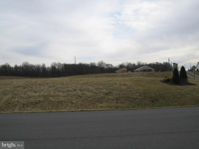 Photo of home for sale at Ideal Circle, Hagerstown MD