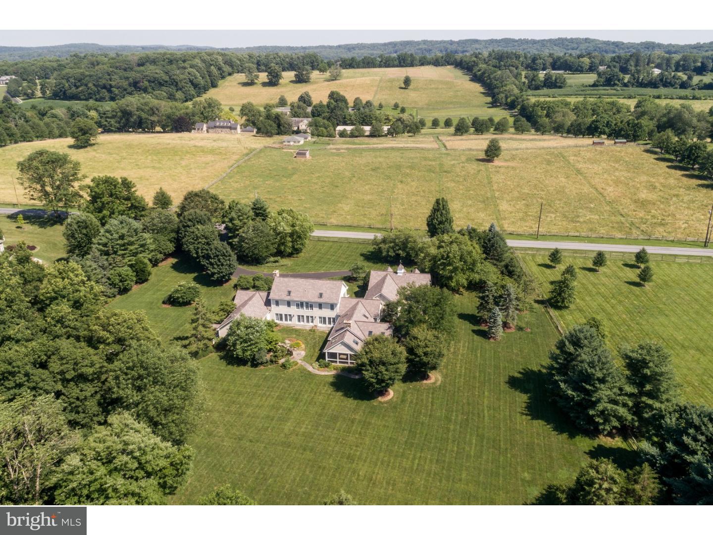 Частный односемейный дом для того Продажа на 6281 MEETINGHOUSE Road New Hope, Пенсильвания 18938 Соединенные ШтатыВ/Около: Solebury Township