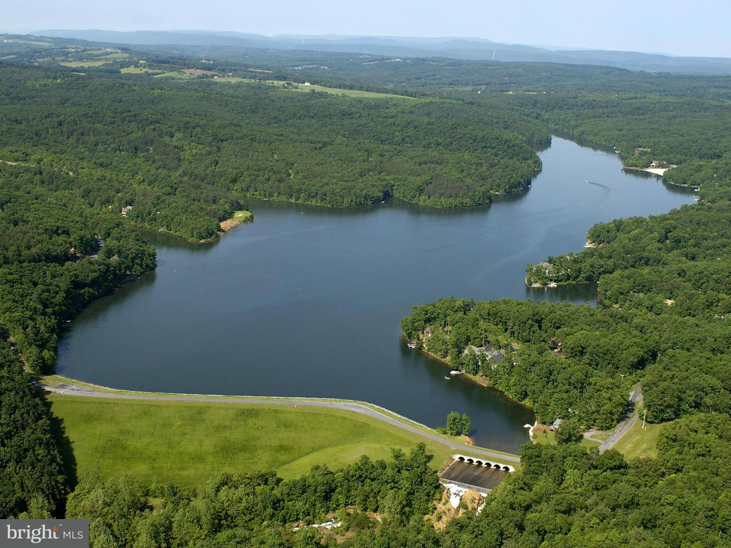 Land for Sale at 124 Country Club Dr Cross Junction, Virginia 22625 United States