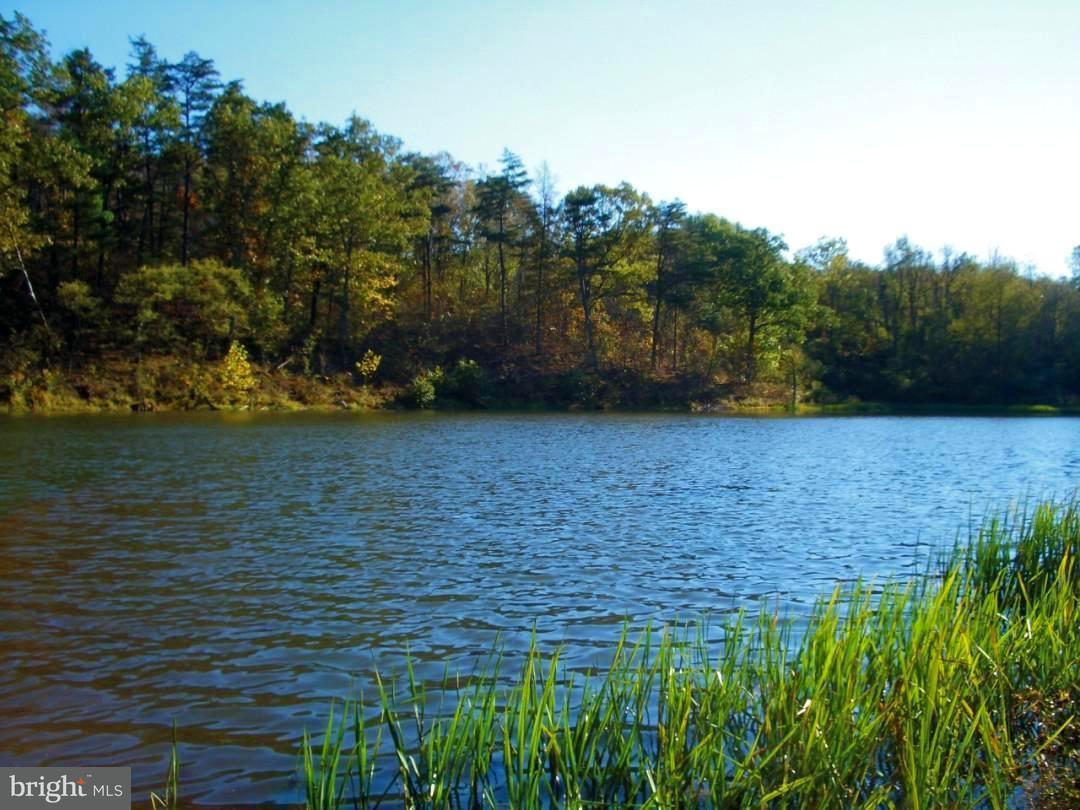Land für Verkauf beim Sunrise Blvd Sunrise Blvd Romney, West Virginia 26757 Vereinigte Staaten