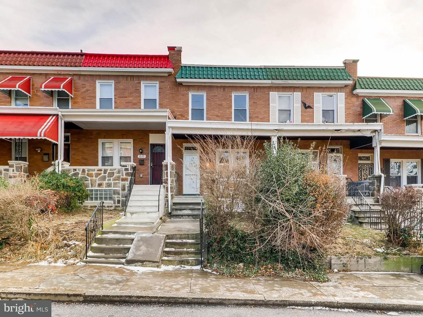 Single Family for Sale at 3231 Phelps Ln Baltimore, Maryland 21229 United States