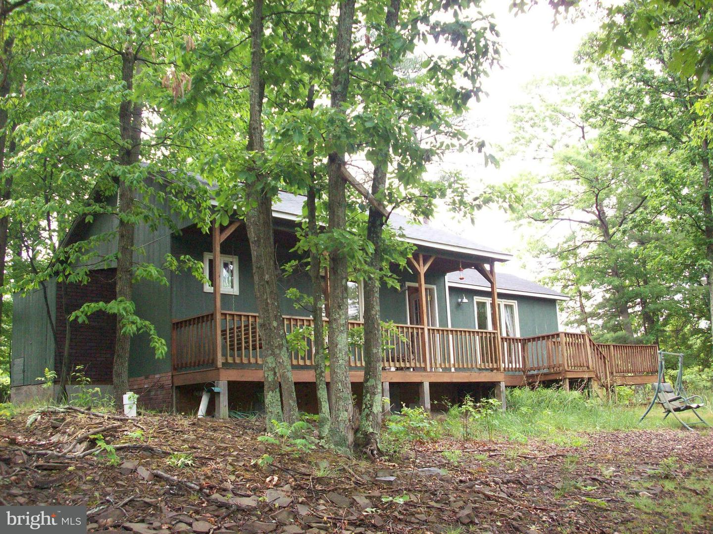 Single Family for Sale at 1023 Feller Dr Levels, West Virginia 25431 United States
