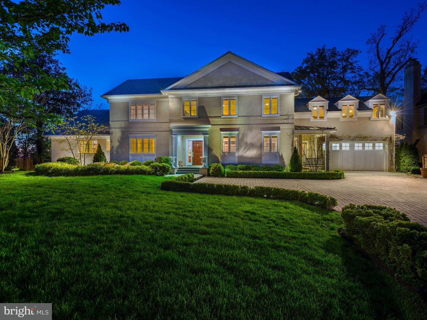 Single Family for Sale at 3110 Chain Bridge Rd NW Washington, District Of Columbia 20016 United States