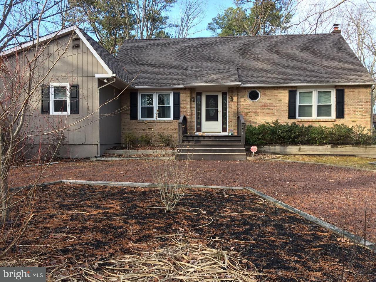 Частный односемейный дом для того Аренда на 303 CHERRY Road Evesham Twp, Нью-Джерси 08053 Соединенные Штаты