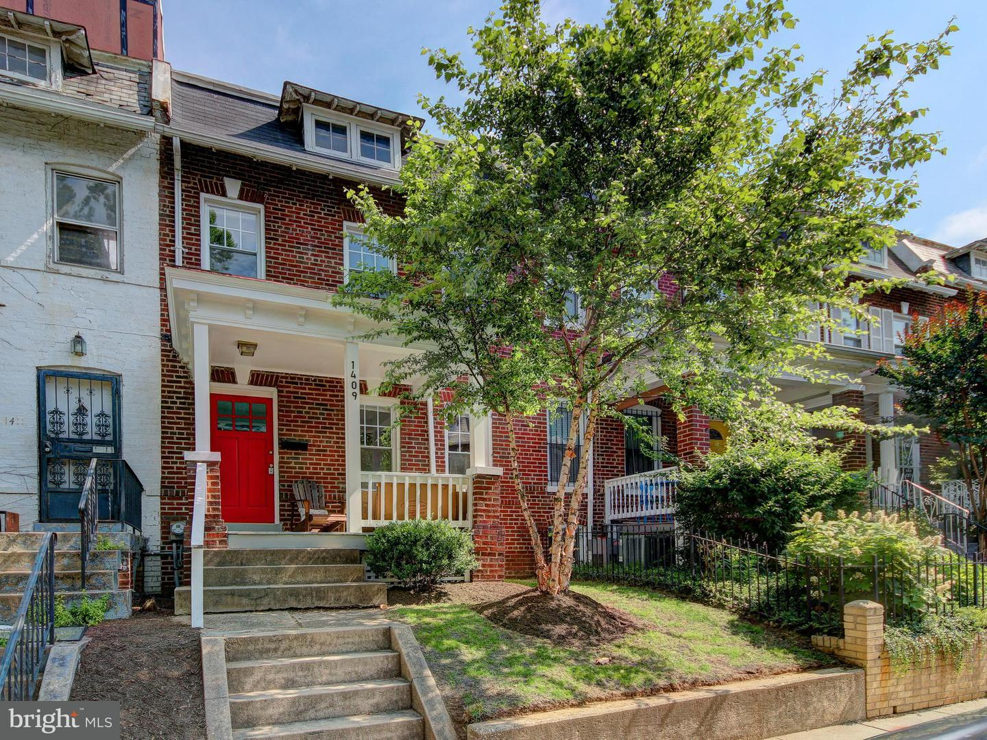 Single Family for Sale at 1409 Oak St NW Washington, District Of Columbia 20010 United States
