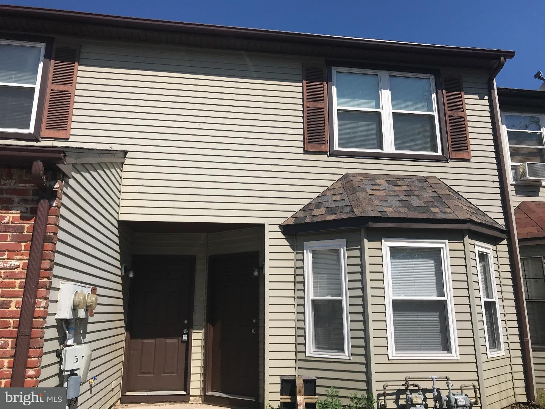Duplex pour l Vente à 37 HOPEWELL Lane Sicklerville, New Jersey 08081 États-Unis