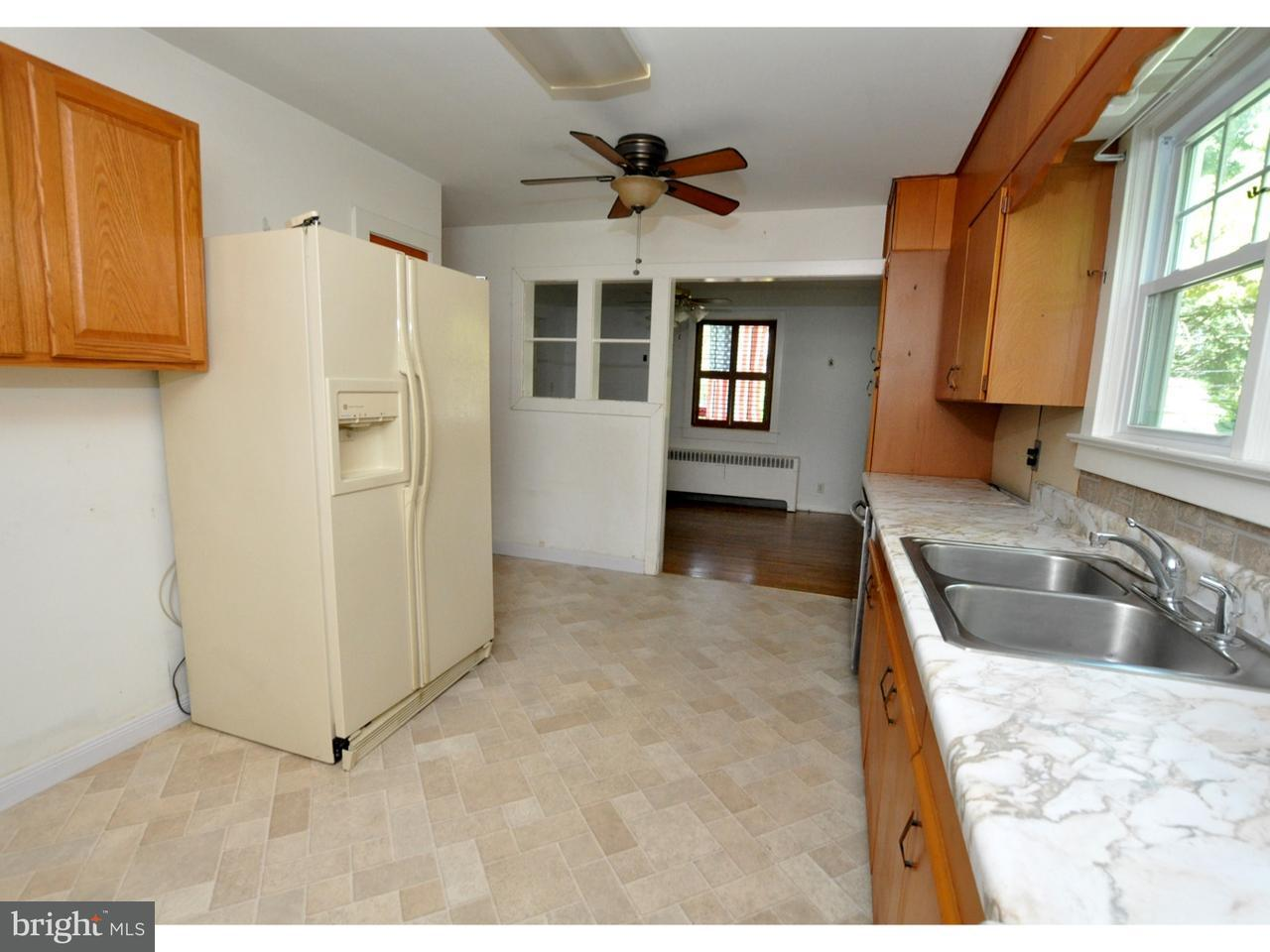 Additional photo for property listing at 156 W CENTRAL Avenue  Moorestown, Нью-Джерси 08057 Соединенные Штаты