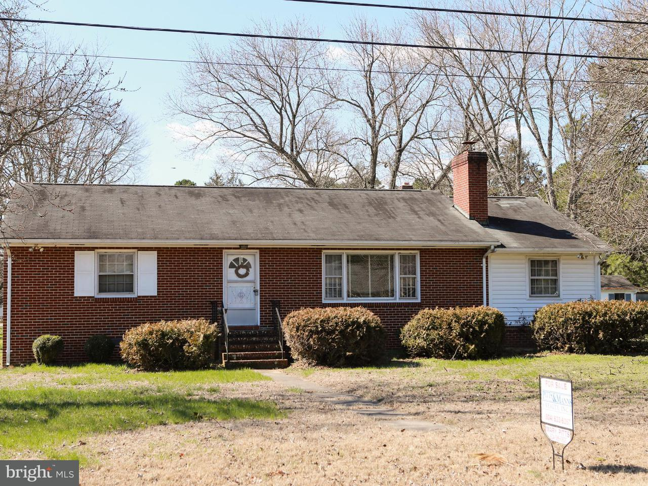 Single Family for Sale at 16070 Healy St Milford, Virginia 22514 United States