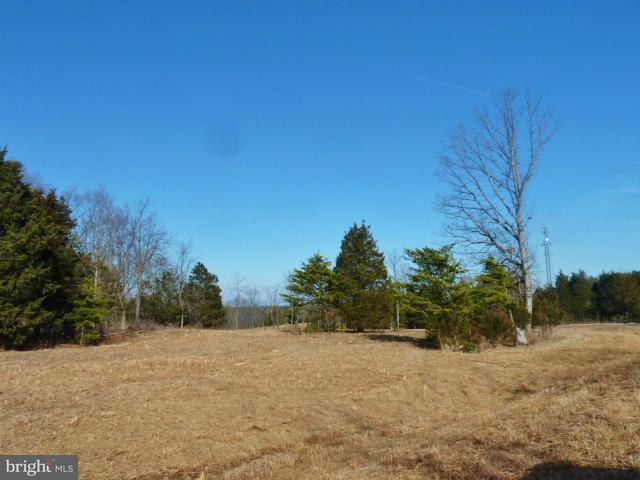 Photo of home for sale at Comforter Lane, Middletown VA