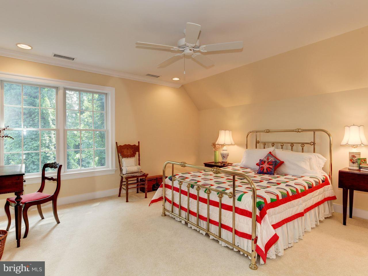 Additional photo for property listing at 805 Rackham Rd  Gibson Island, Maryland 21056 United States