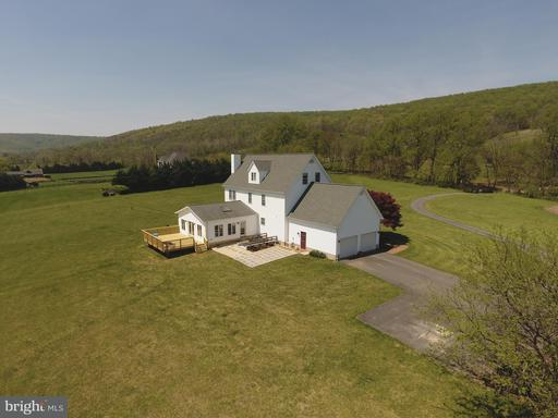 Property for sale at 34383 Williams Gap Rd, Round Hill,  VA 20141