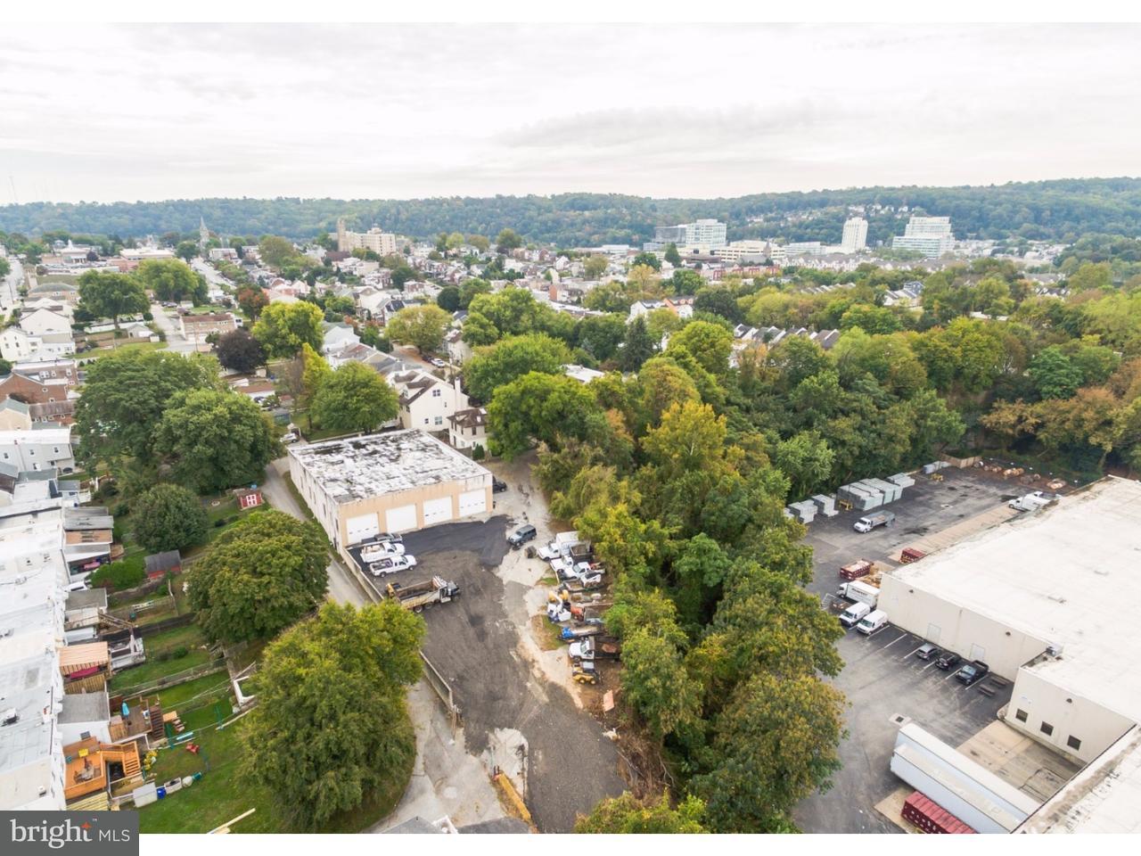 独户住宅 为 出租 在 342 W 4TH AVE #OFFICE Conshohocken, 宾夕法尼亚州 19428 美国
