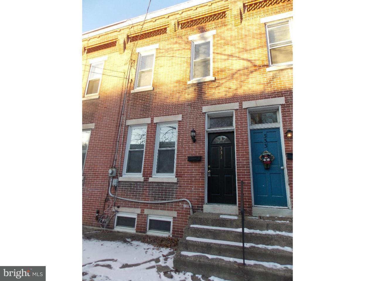 Maison accolée pour l à louer à 331 BARCLAY Street Burlington, New Jersey 08016 États-Unis