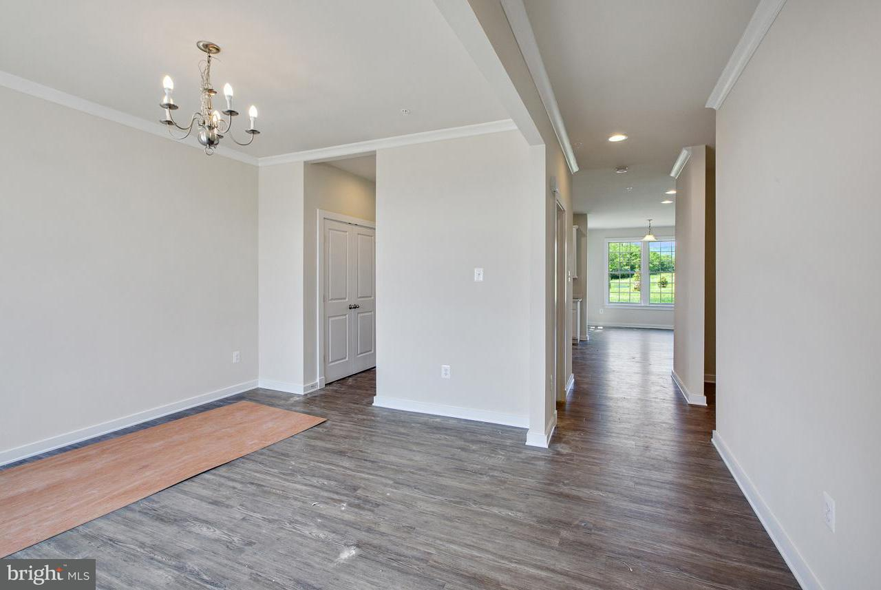 Additional photo for property listing at 0 Five Forks Dr #bristol Ii Plan  Harpers Ferry, West Virginia 25425 United States