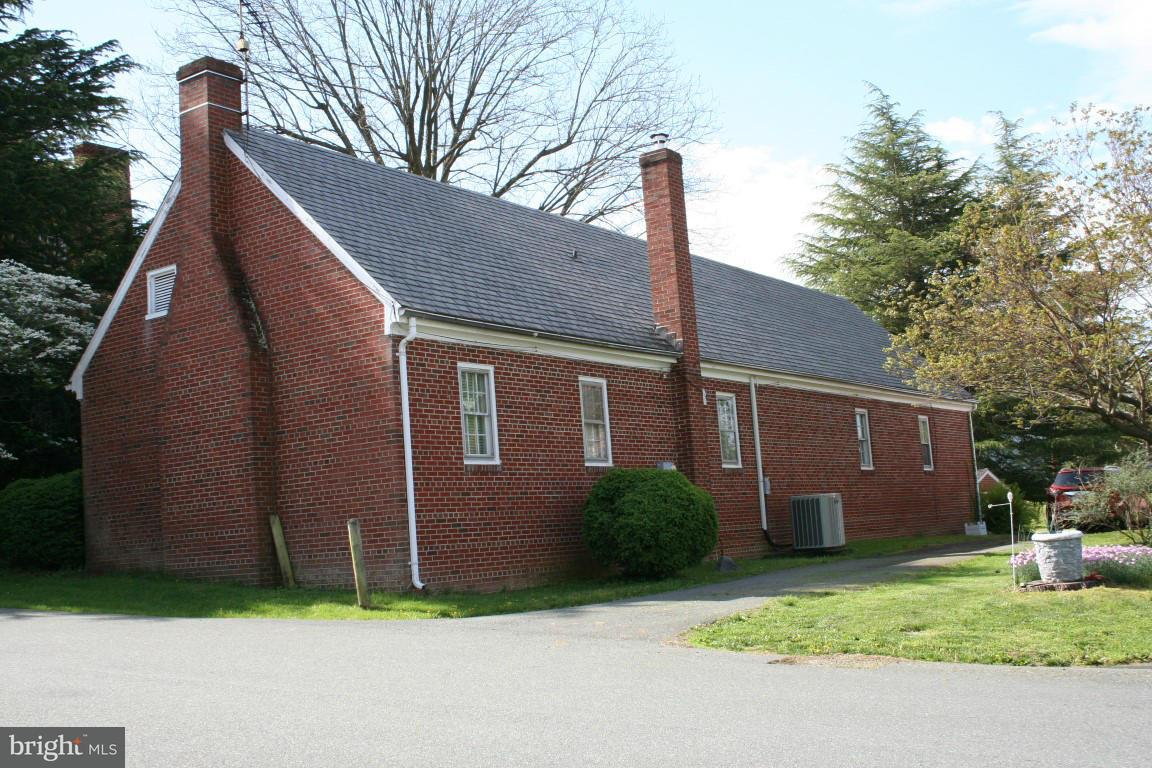 Photo of home for sale at 5 Court Square, Madison VA