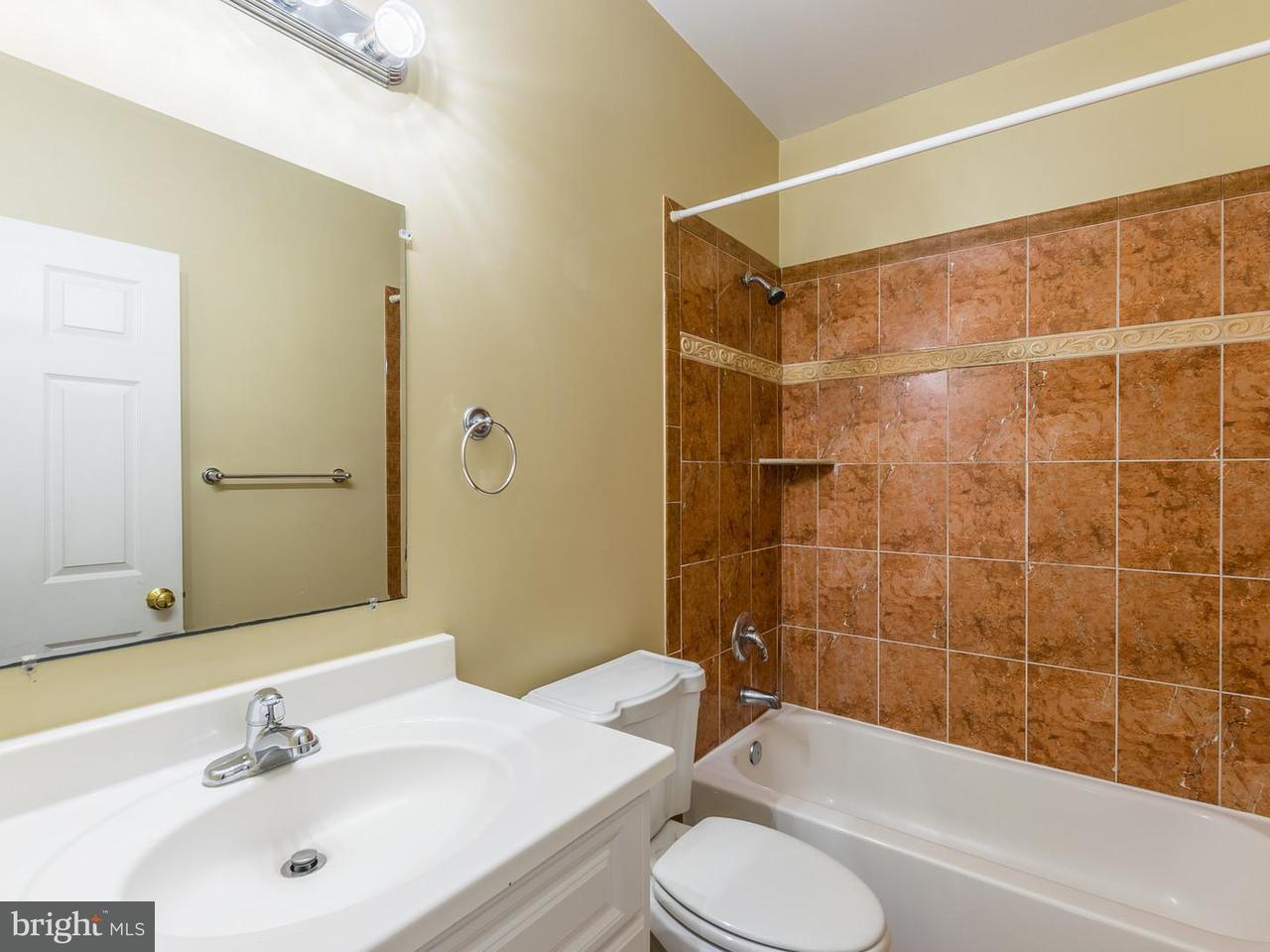 Additional photo for property listing at 7300 Grace Street 7300 Grace Street Springfield, Virginia 22150 Stati Uniti