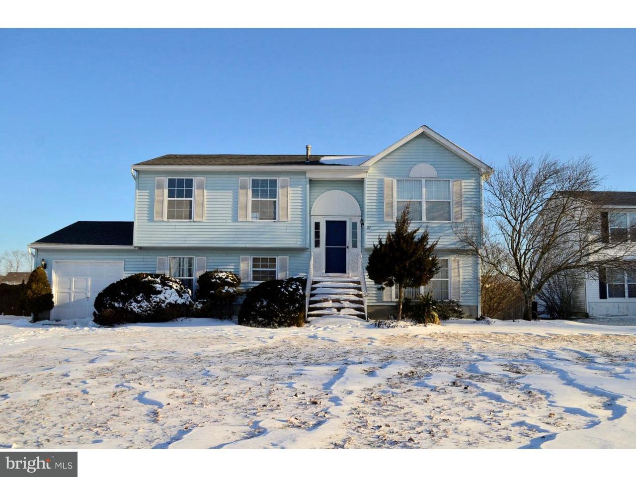 Maison unifamiliale pour l à louer à 27 TUPELO Court Sicklerville, New Jersey 08081 États-Unis
