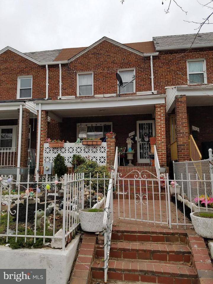 Single Family for Sale at 315 18th St NE Washington, District Of Columbia 20002 United States