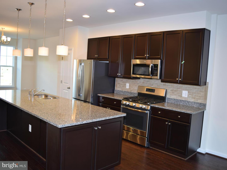 Other Residential for Rent at 8940 Dahlgren Ridge Rd Manassas Park, Virginia 20111 United States