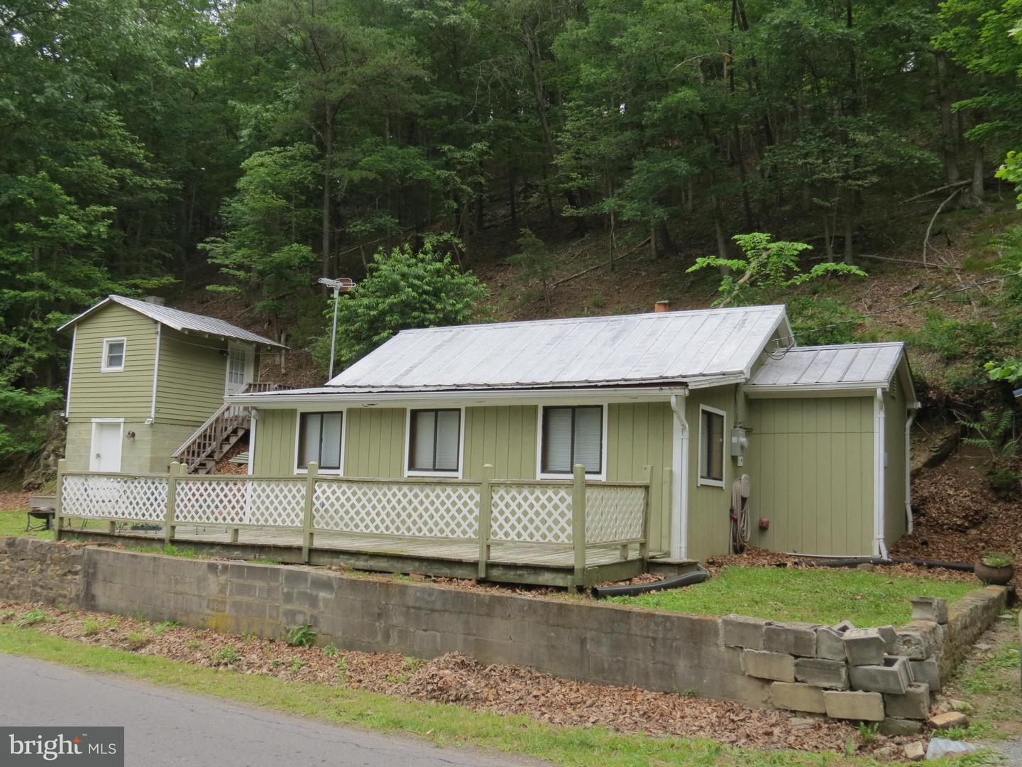 Single Family for Sale at 3197 Capon Springs Rd Capon Springs, West Virginia 26823 United States