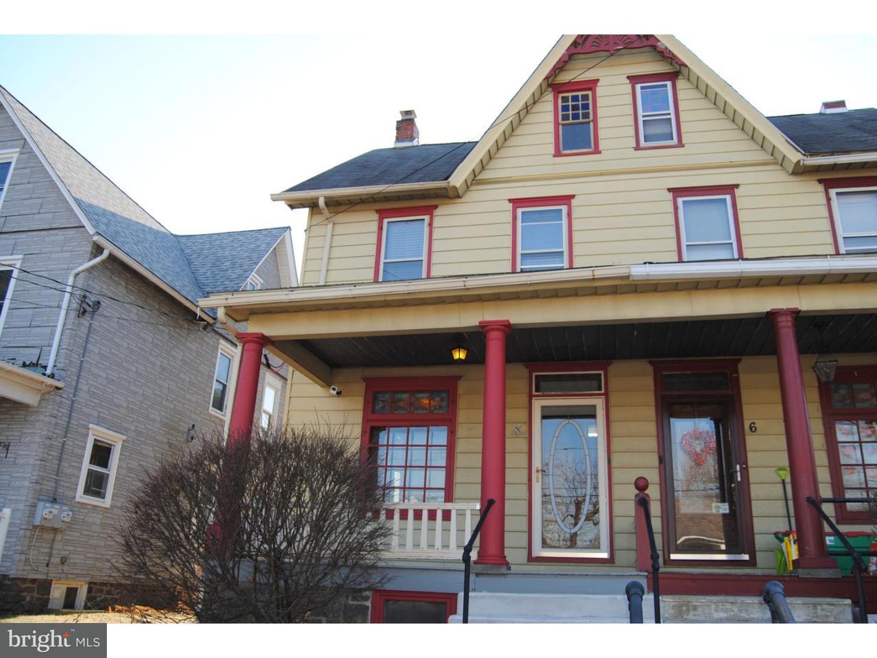 联栋屋 为 销售 在 8 E UNION Street Richlandtown, 宾夕法尼亚州 18955 美国
