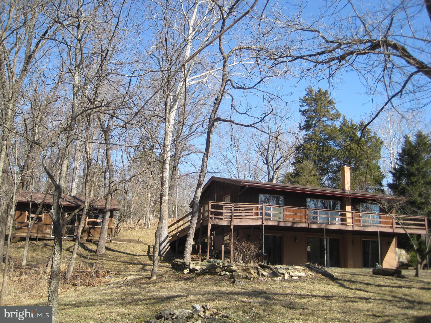 Photo of home for sale at 3355 Calmes Neck Lane, Boyce VA