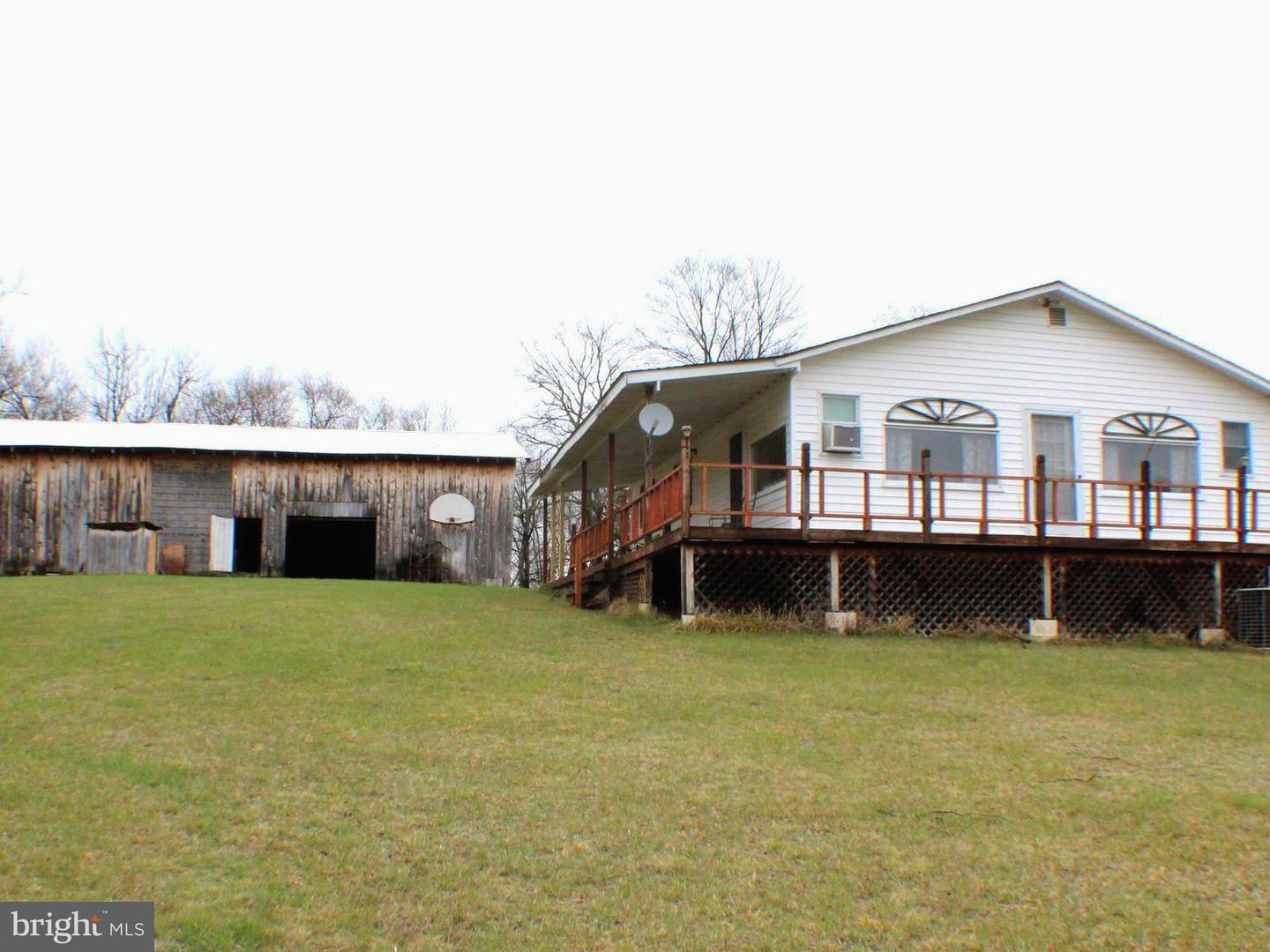 Farm for Sale at 339 Kesner Ln Petersburg, West Virginia 26847 United States