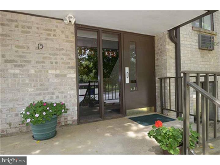 Casa Unifamiliar por un Alquiler en 15 DOUGHERTY BLVD #R3 Glen Mills, Pennsylvania 19342 Estados Unidos