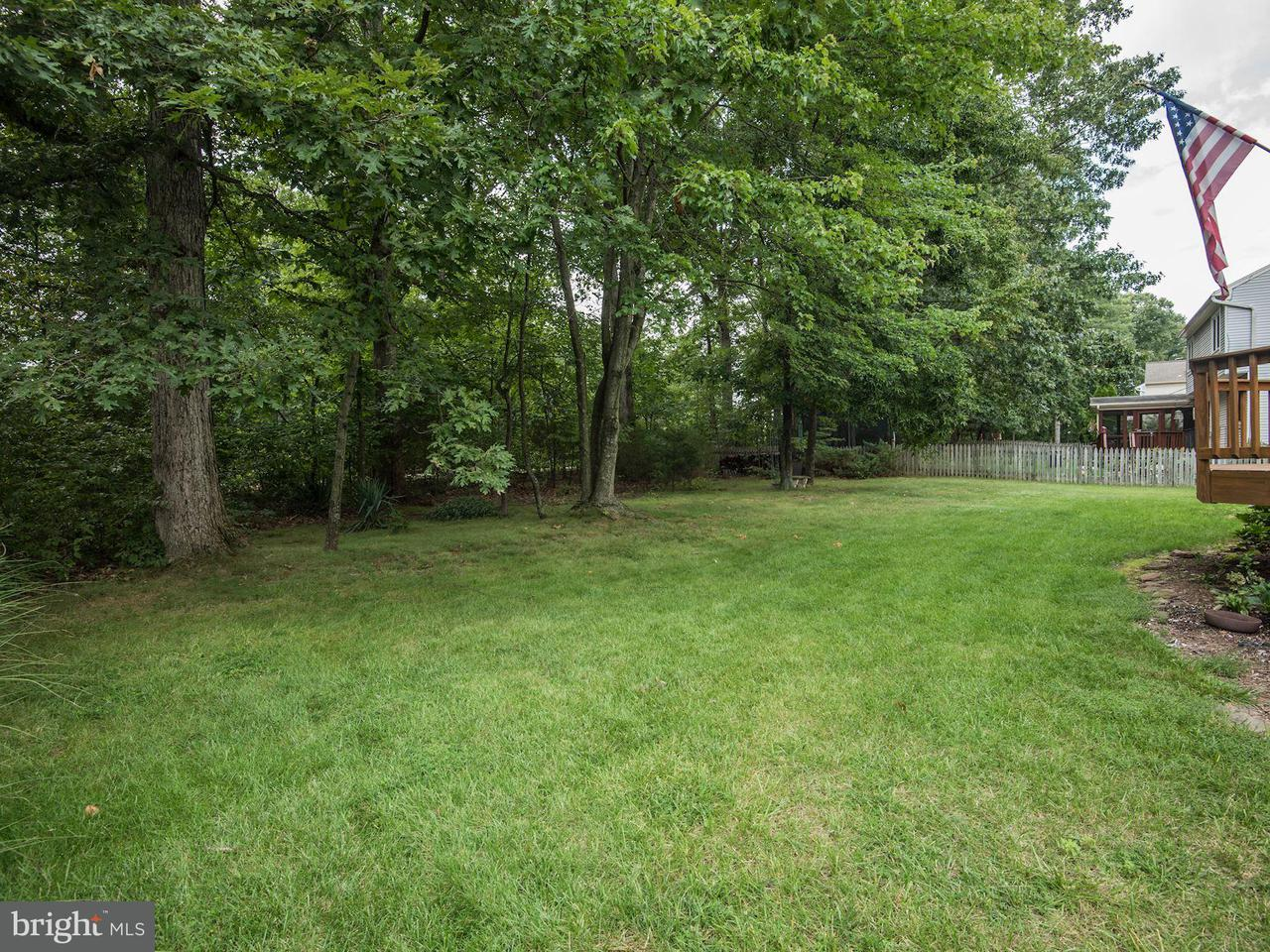 Additional photo for property listing at 13155 Rounding Run Circle 13155 Rounding Run Circle Herndon, Virginia 20171 Stati Uniti