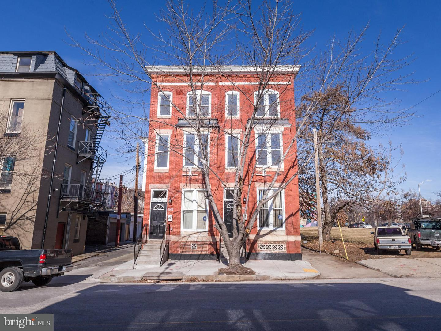 Single Family for Sale at 102 21st St Baltimore, Maryland 21218 United States