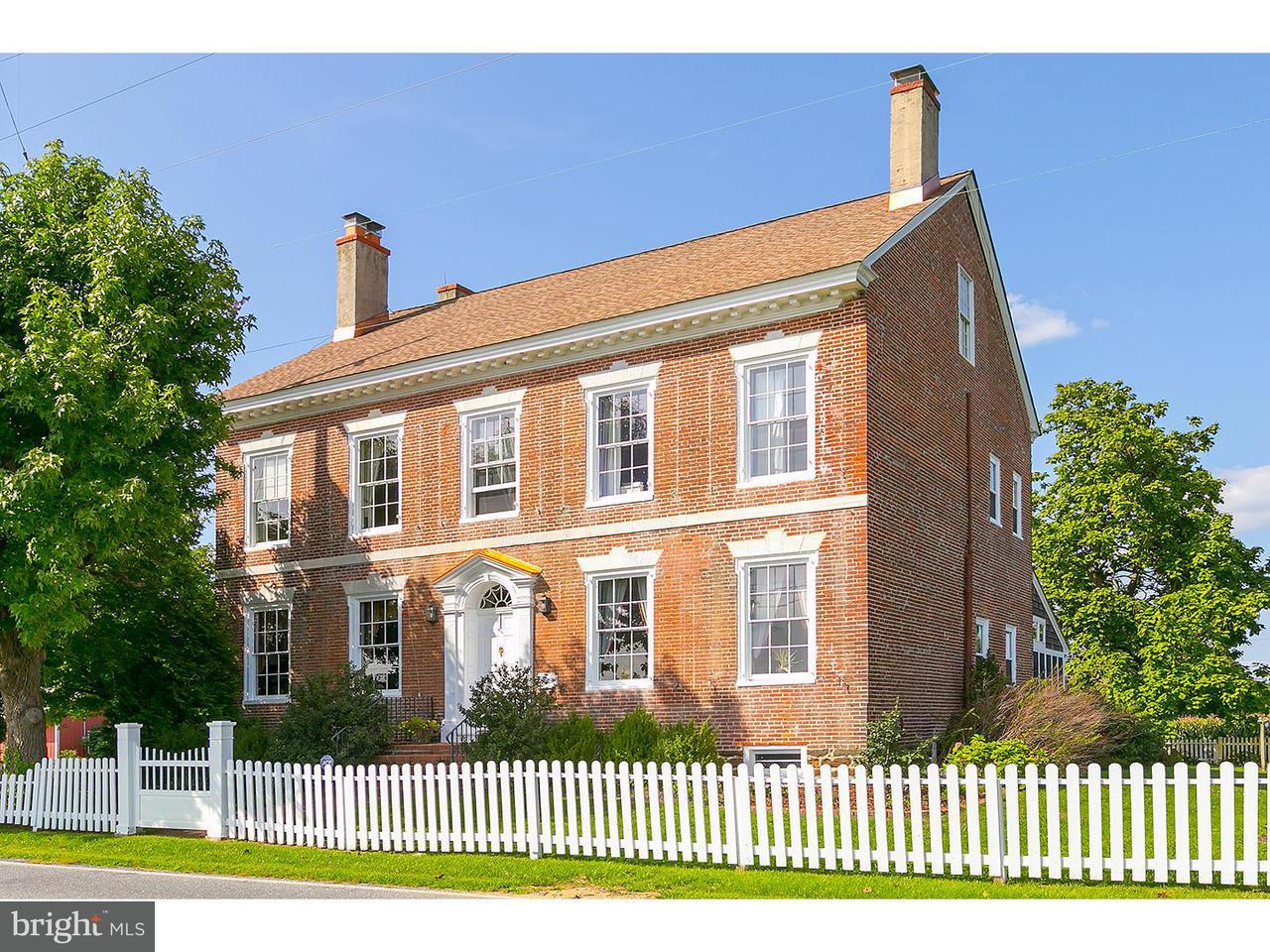 Частный односемейный дом для того Продажа на 2 LAYTON Road Woodstown, Нью-Джерси 08098 Соединенные Штаты
