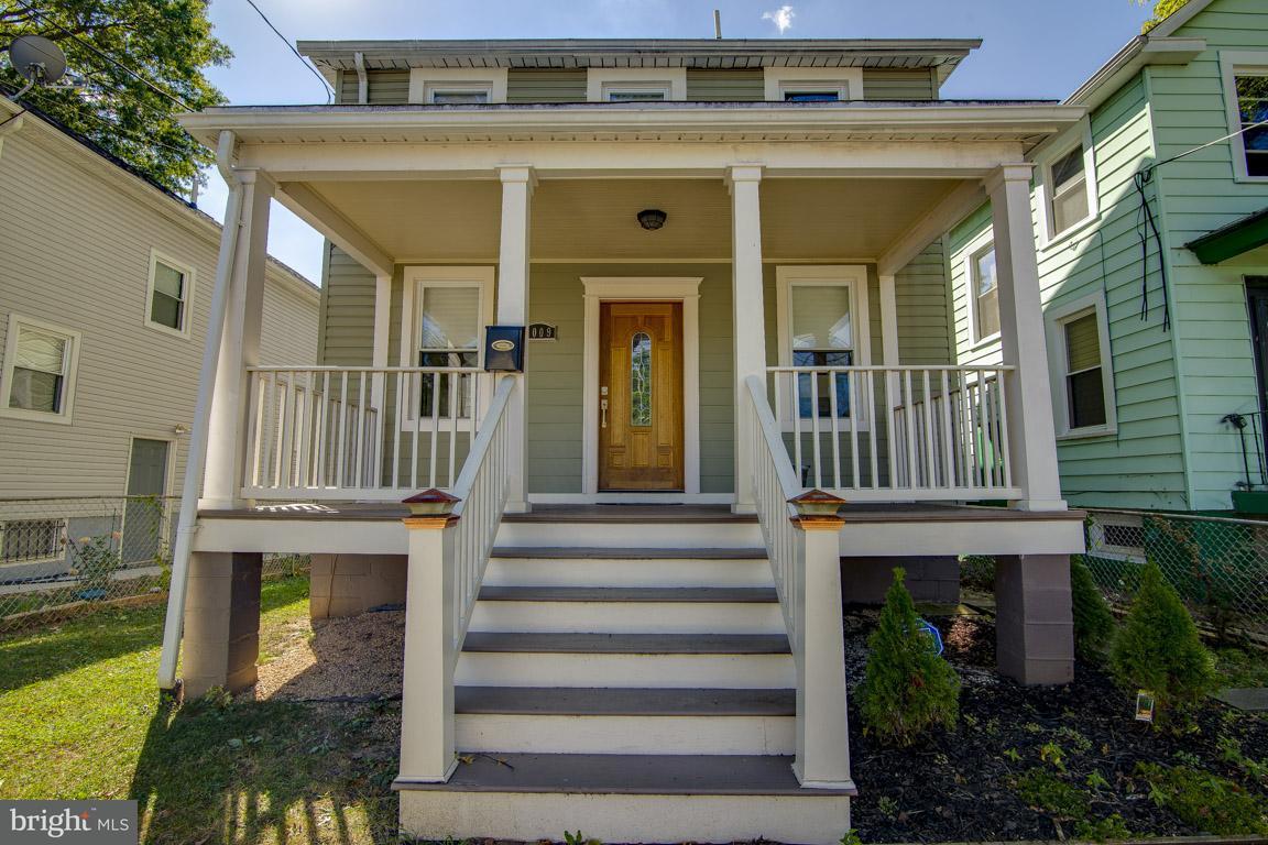 獨棟家庭住宅 為 出售 在 3009 Otis St Ne 3009 Otis St Ne Washington, 哥倫比亞特區 20018 美國