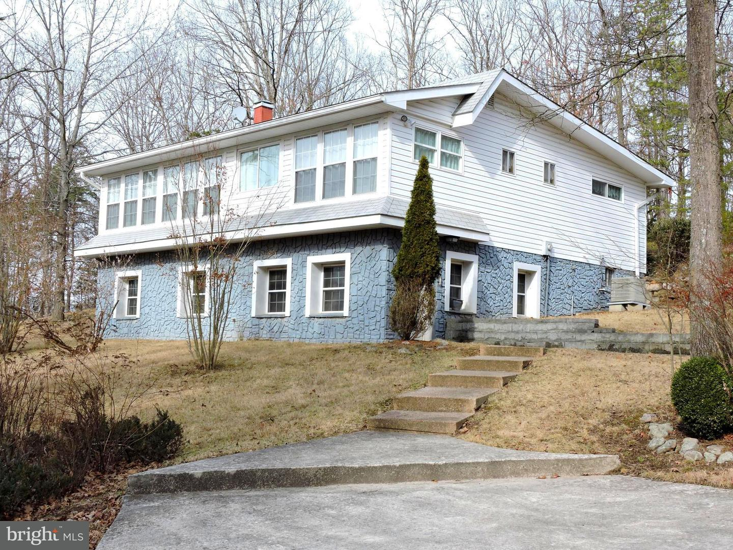 Single Family for Sale at 252 Rebeccas Ln Purgitsville, West Virginia 26852 United States