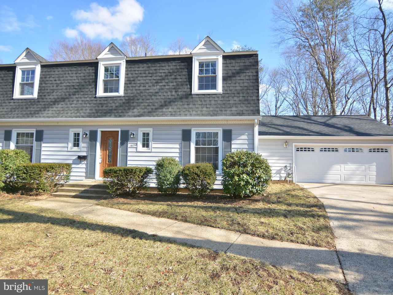 Eensgezinswoning voor Verkoop een t 1630 Eton Way 1630 Eton Way Crofton, Maryland 21114 Verenigde Staten