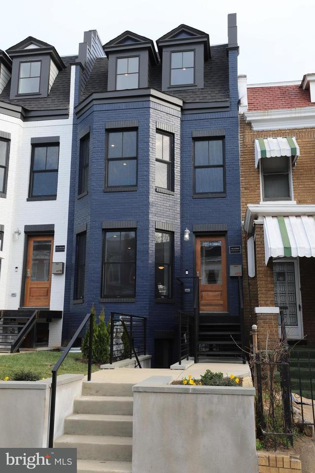 Single Family for Sale at 425 Newton Pl NW #1 Washington, District Of Columbia 20010 United States