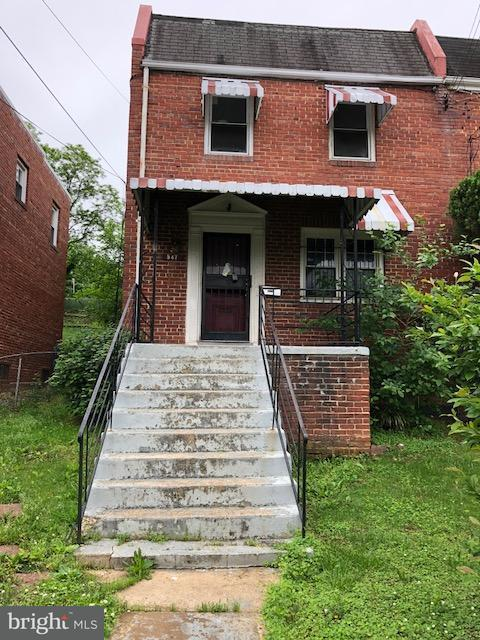 Single Family for Sale at 547 Foxhall Pl SE Washington, District Of Columbia 20032 United States