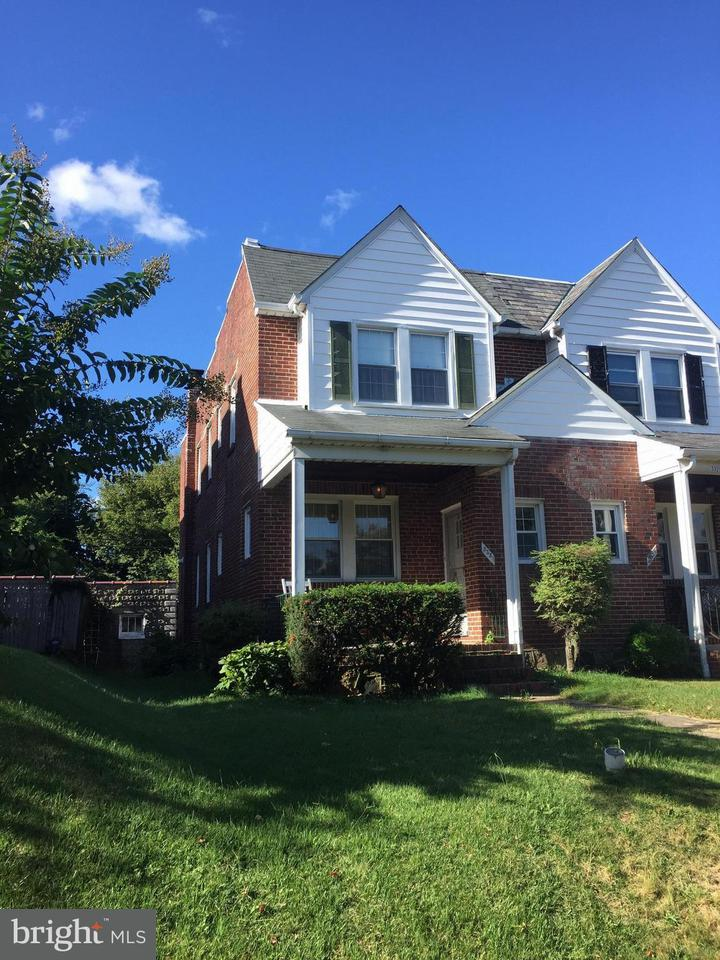 Single Family for Sale at 3331 Moravia Rd Baltimore, Maryland 21214 United States