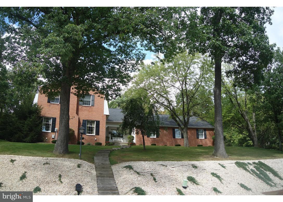 Single Family for Sale at 903 Eastgate Ct Cumberland, Maryland 21502 United States