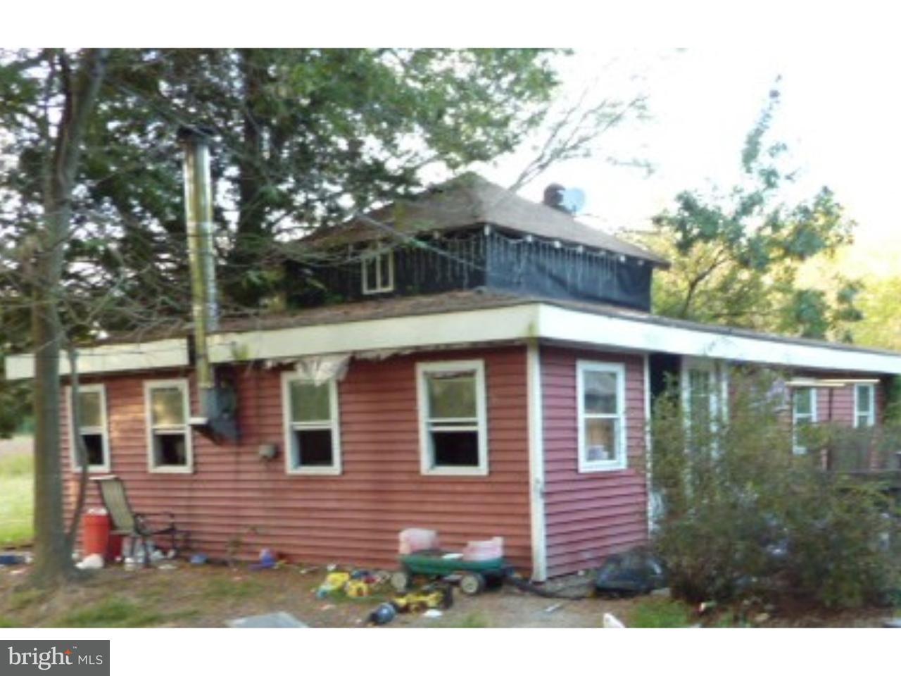 Maison unifamiliale pour l Vente à 381 MAIN Street Newport, New Jersey 08345 États-Unis