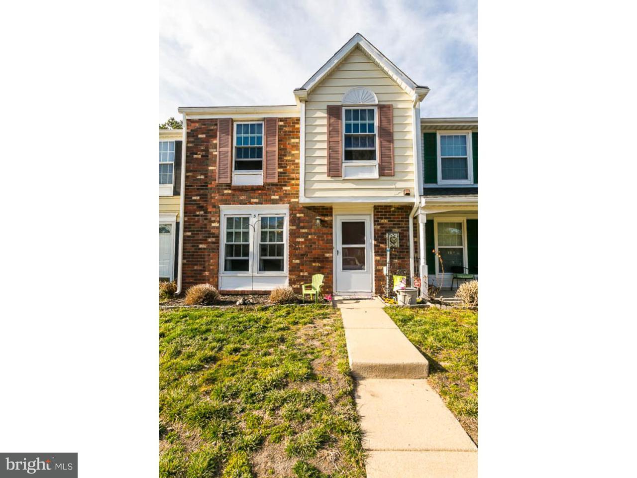 Casa unifamiliar adosada (Townhouse) por un Alquiler en 3 BENCHLY WAY Marlton, Nueva Jersey 08053 Estados Unidos